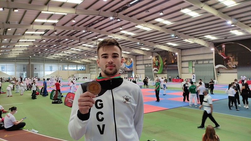 Karateca de Vila do Conde conquista bronze no Campeonato Nacional