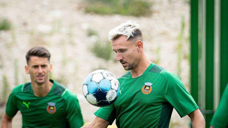 """Ukra está """"de volta a casa"""" para ajudar o clube de Vila do Conde"""