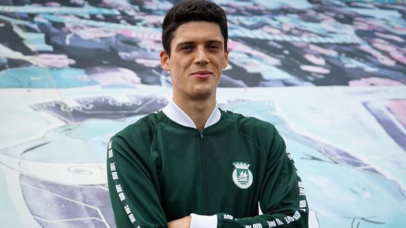 Rio Ave reforça o centro da defesa com Renato Pantalon