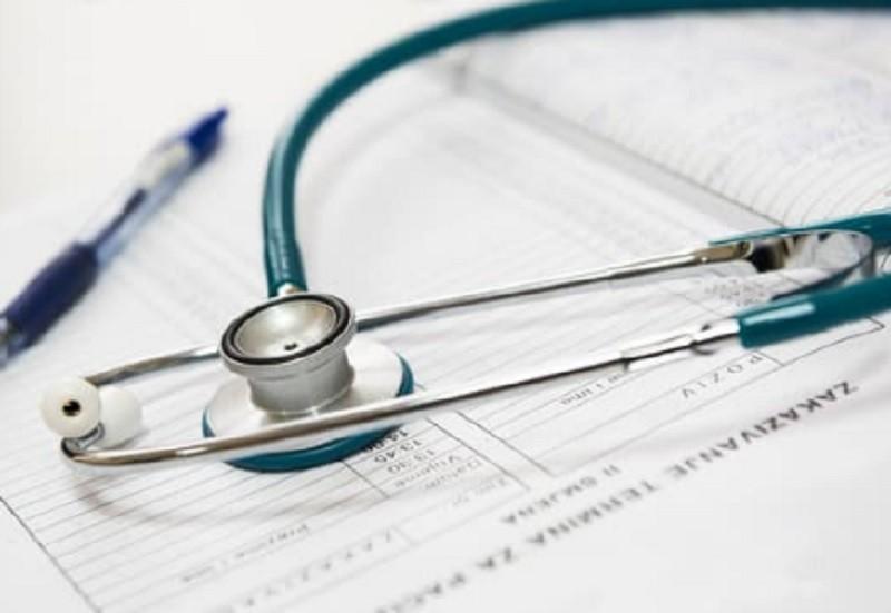Novo estatuto prevê dedicação plena dos médicos ao SNS