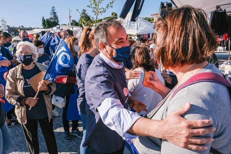 Vítor Costa passou penúltimo dia de campanha entre Mosteiró e Labruge