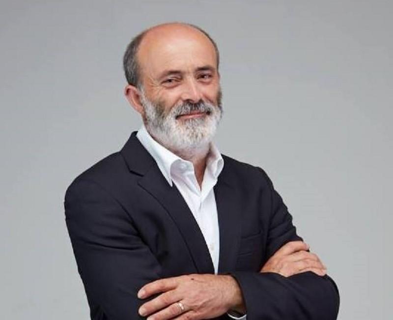 Carlos Correia da NAU reeleito em Árvore