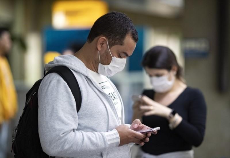 DGS recomenda máscara na rua se não for possível distanciamento e para pessoas vulneráveis